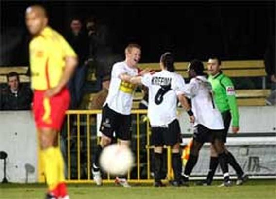 KV Mechelen deelt Tubeke zware tik uit