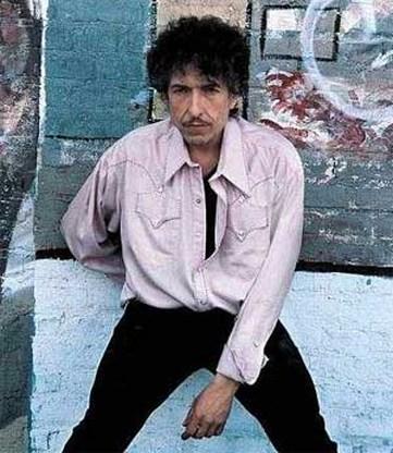 IJverige politieagente vraagt Bob Dylan om identiteitskaart