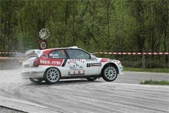 Duval in een zetel in Rally van Wallonië