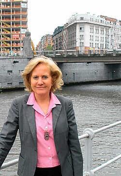 'De studies zijn klaar, de nieuwe regering kan zo beginnen aan de sloop en de heropbouw van de vijf bruggen', zegt staatssecretaris Brigitte Grouwels. Paul Demeyer