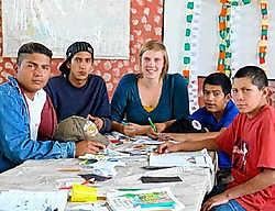 Mieke Hendrickx vertrok eind november 2008 zonder beurs in het kader van een ontwikkelingsproject naar Ecuador. 'Een zeer leerrijk avontuur.' cdh