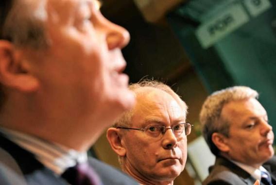 Karel De Gucht, Herman Van Rompuy en Didier Reynders: niet op één lijn over de verkoop van Fortis Bank.photo news