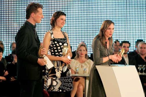 29 maart 2008. De Gouden Uil Jeugdliteratuurprijs wordt - live op televisie! - uitgereikt aan Pieter Gaudesaboos, Sabien Clement en Mieke Versyp. Bart Van der Moeren