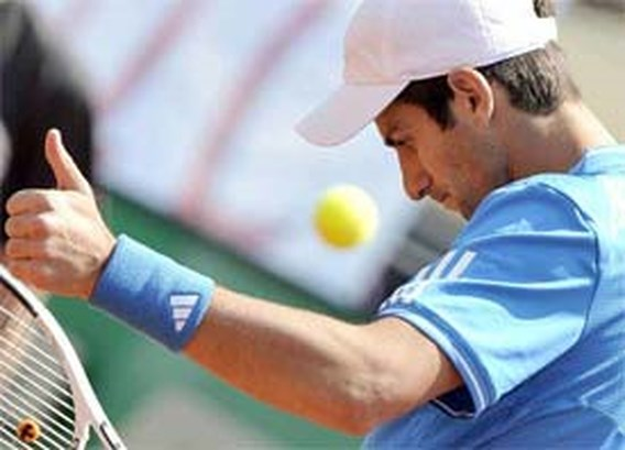 Federer en Djokovic bij laatste vier in Rome