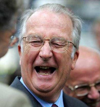Helft Belgen lacht meer dan een keer per dag