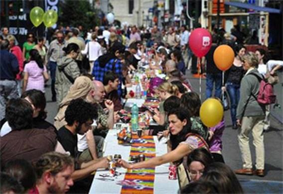 Autoloze zondag brengt veel mensen naar Brussel