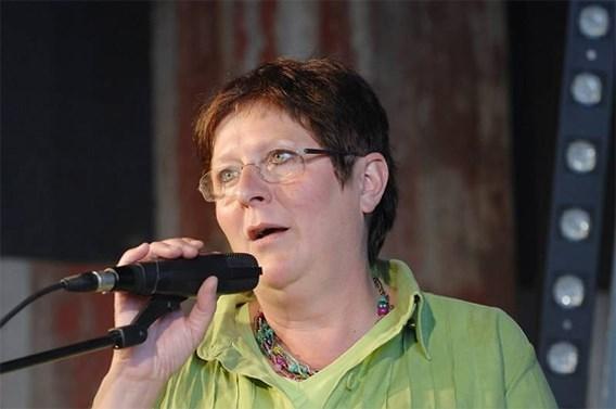 Zus Mieke Vogels overlijdt na val van dak