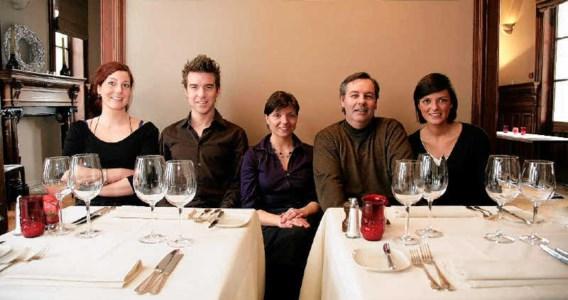 Mijn Restaurant-kandidaten Rebekka, Tom, Wendy, Ben en Gaëlle. Guillaume Van Laethem