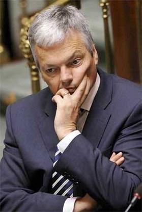Didier Reynders doet openbare schuldbekentenis