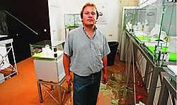 Juwelier Stephan Mac Lafferty: 'De boeven hadden hun slag goed voorbereid.' Koen Merens