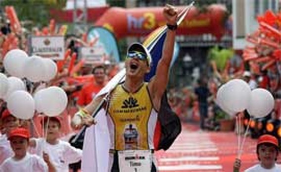 Duitsers Timo Bracht en Sandra Wallenhorst winnen Ironman van Frankfurt