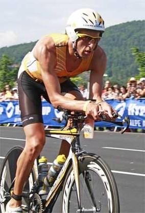 Marino Vanhoenacker wint voor de vierde keer Ironman van Klagenfurt