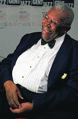 BB King mocht gisteravond met zijn tijdloze blues de aftrap geven van een stomende Gent Jazz-editie.Frederiek Vande Velde<br>Bertrand Flamang: 'Zonder subsidies geen boeiende namen en geen jong talent.'fvv