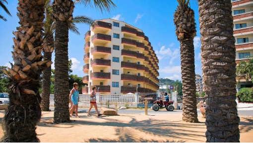 Droomvakantie aan de Costa Brava: het aantal gedupeerden groeit. Hollandse Hoogte