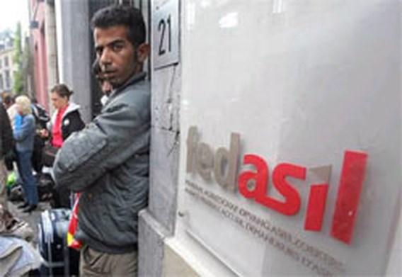 PS wil openbare gebouwen openen voor asielzoekers