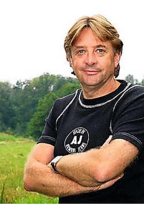 Musicalregisseur Frank Van Laecke volgend jaar op Open Vld-lijst in Berlare