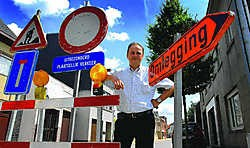'Alle verkeersdrempels en -heuvels in de Hoogstraat worden verwijderd', zegt schepen van Openbare Werken Jan De Nul. Yvan De Saedeleer
