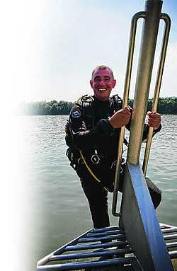 Filip is een Gentse Ster onder water. Hij is een van de zeven Belgen die mensen mogen opleiden tot duikinstructeur. SvdE