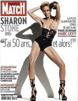 Sharon Stone topless op cover Paris Match