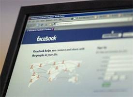 De tegenstanders van de nieuwe Facebook-look postten al allerlei protest-prenten en foto's. rr