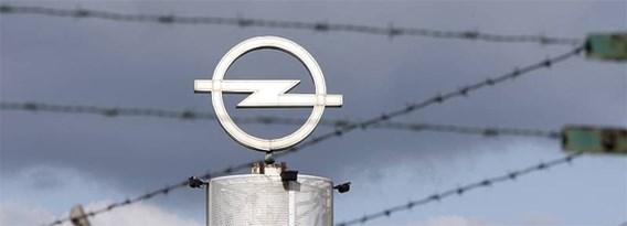'GM overweegt Opel zelf te houden'