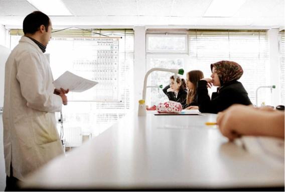 In het Lucernacollege in Melle draagt nog geen kwart van de leerlingen een hoofddoek. Wouter Van Vooren