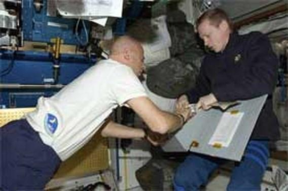 De Winne draagt bevel ISS vervroegd over