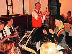 Marie scoorde zeer goed met het deuntje dat ze speelde op de bas. John De Vlieger