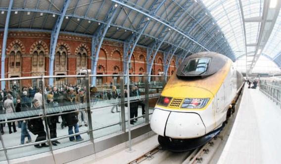 De Eurostar van Londen St Pancras naar het continent zal binnenkort op een geprivatiseerde spoorlijn rijden. photo news