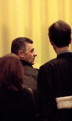 Na een jobbeurs in de gevangenis van Hasselt, vroegen drie gedetineerden om een sollicitatiegesprek met het bedrijf waar Danny Vanhamel werkt. Eén van hen was Carl DeSchutter.belga