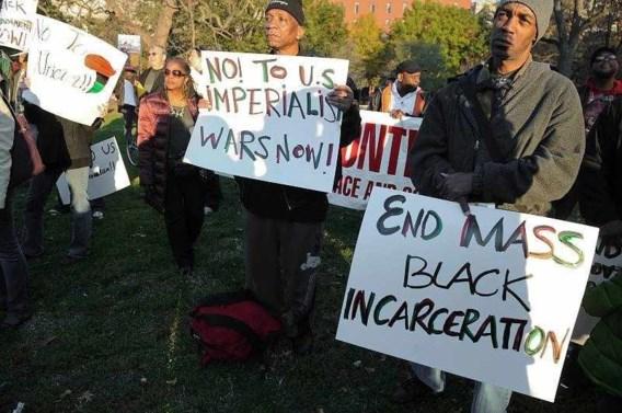 Zwarte Amerikanen betogen tegen Obama in Washington