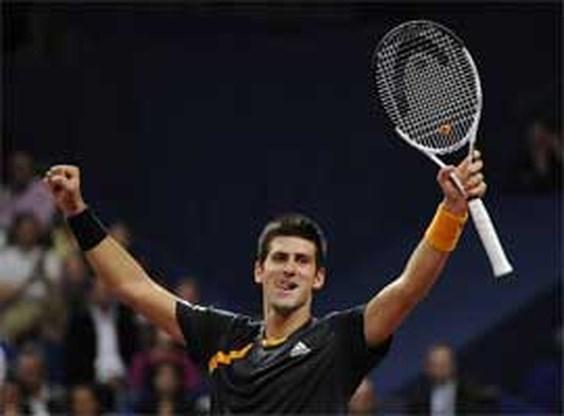 Djokovic verslaat Federer in Bazel