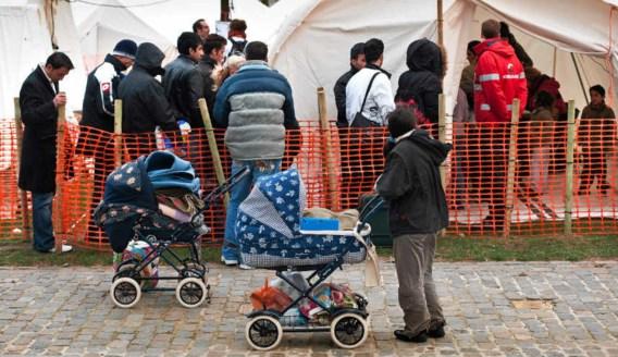 Een vluchtelingenkamp bij de achterdeur van de Dienst Vreemdelingenzaken, het kan tellen als statement. Bart Dewaele