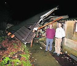 Louis Berghmans en Dirk Van den Eynde schrokken zich een bult toen ze het dak zagen liggen. Louis Verbraeken