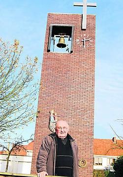 Pastoor Poels (81) bouwde deze kerk in Diest.Inge Bosschaerts