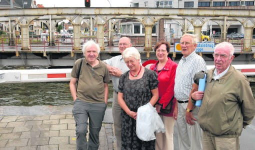 Het Studie- en Actiecomité Sint-Pieters slaagde erin een deel van de Scheepsdalebrug te redden. mvn