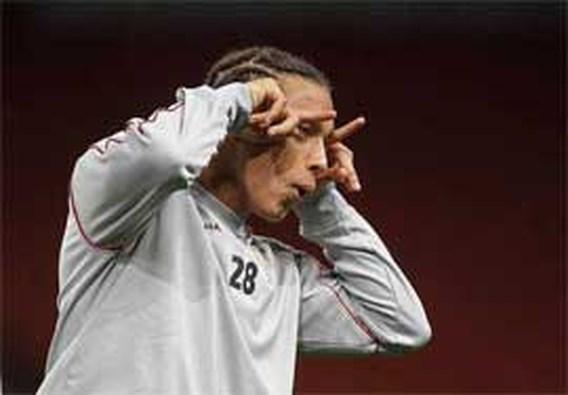 FOTOSPECIAL: Standard dolt in het Emirates stadion