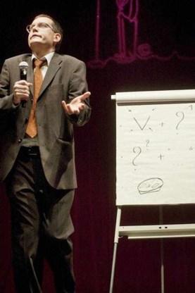 Arnout Van den Bossche wint Humo's Comedy Cup