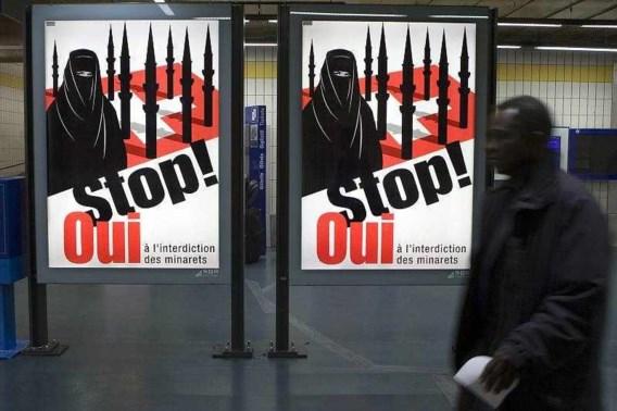 Zwitsers steunen verbod op minaretten