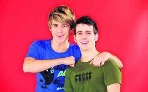 Timo Descamps en Rob Teuwen presenteren VT4 Kids. <br>Michel Wiegandt