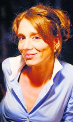 Jelle Van Riet poseerde naakt voor een dichtbundel/fotoboek. Ivan Put