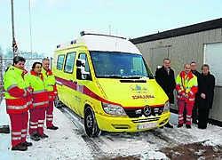 Voorlopig staat de ambulance nog buiten, maar eind dit jaar zijn het gebouw van de amulancedienst en de woning klaar.Ralf Eicker