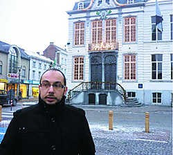 'Veel mensen waagden zich 's avonds niet op het Zand en voelden zich onveilig, maar dat is nu voorbij', meent Meki Ahaddour.Jean-Pierre De Lamper
