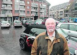Unizo-voorzitter Eric Kimpe: 'Het aantal parkeerplaatsen op de markt is na de stadskernrenovatie gehalveerd.'Dominique Jauquet