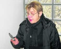 Germaine De Waele, zus van het slachtoffer. yb