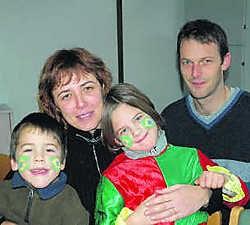Christopher en Karolien en de kinderen Heleen en Lieven vertrekken zondag richting Brazilië. Marc Vergote