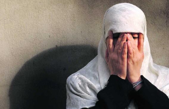 Malika El Aroud (foto) zou banden hebben met de Al Qaeda-top. Haar vorige man doodde de Afghaanse verzetsleider Massoud in opdracht van Osama Bin Laden.Herman Ricour
