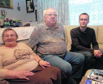 Stef Cherlet (rechts): 'Het beroep van poetsvrouw heeft nog steeds een negatief imago. Ten onrechte.' yds