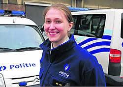 Heidi Decraene geeft graag toe dat ze brandt van ambitie. 'Anders volg je de officierenopleiding niet', zegt ze. Patrick Holderbeke