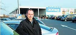 Filiep Bouckenooghe: 'We weten allemaal welke verkeersimpact de komst van Decathlon had in de Brugsesteenweg. Die problemen dreigen zich nu te verplaatsen.' Stefaan Beel